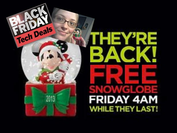 JCPenney: Free snow globes