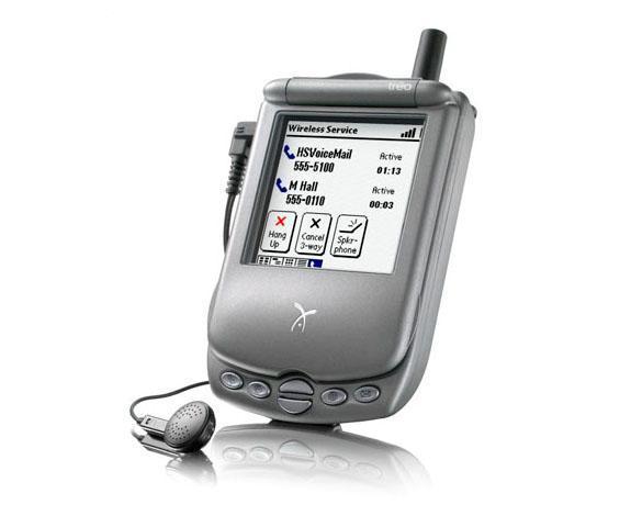 Handspring Pioneers Palm Phones