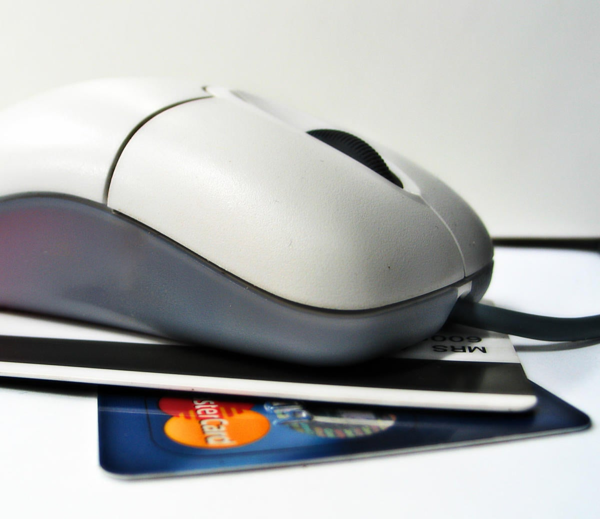 Hackers steal credit card information from Web.com