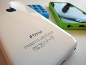 Apple iPhone 5C (2)